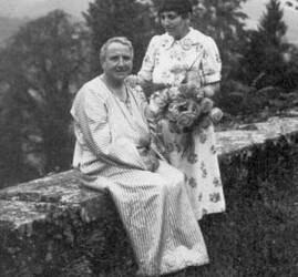 The Poetic & Revolutionary Love Life of Gertrude Stein & Alice B. Toklas